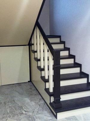 Закрытый каркас лестницы